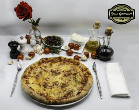 Pizza Amatriciana - Gran Gourmet Ristorante Bacau